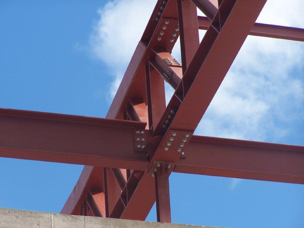 estructuras metálicas atornilladas